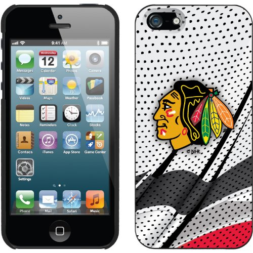 Best Price Chicago Blackhawks« - Away Jersey design on a Black iPhone 5s / 5 Thinshield Snap-On Case by Coveroo