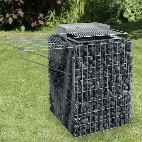 gartengrill grillkamin grill selber mauern mit ziegel oder backsteinen. Black Bedroom Furniture Sets. Home Design Ideas