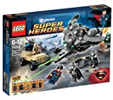 LEGO Super Heroes DC Universe - Superman: Battle of Smallville - 76003 76003 (Help SupermanTM stop the Kryptonians from taking over the town in the Battle of Smallville! General Zod, Faora and Tor-An are attacking with the Black Zero Dropship with adjust