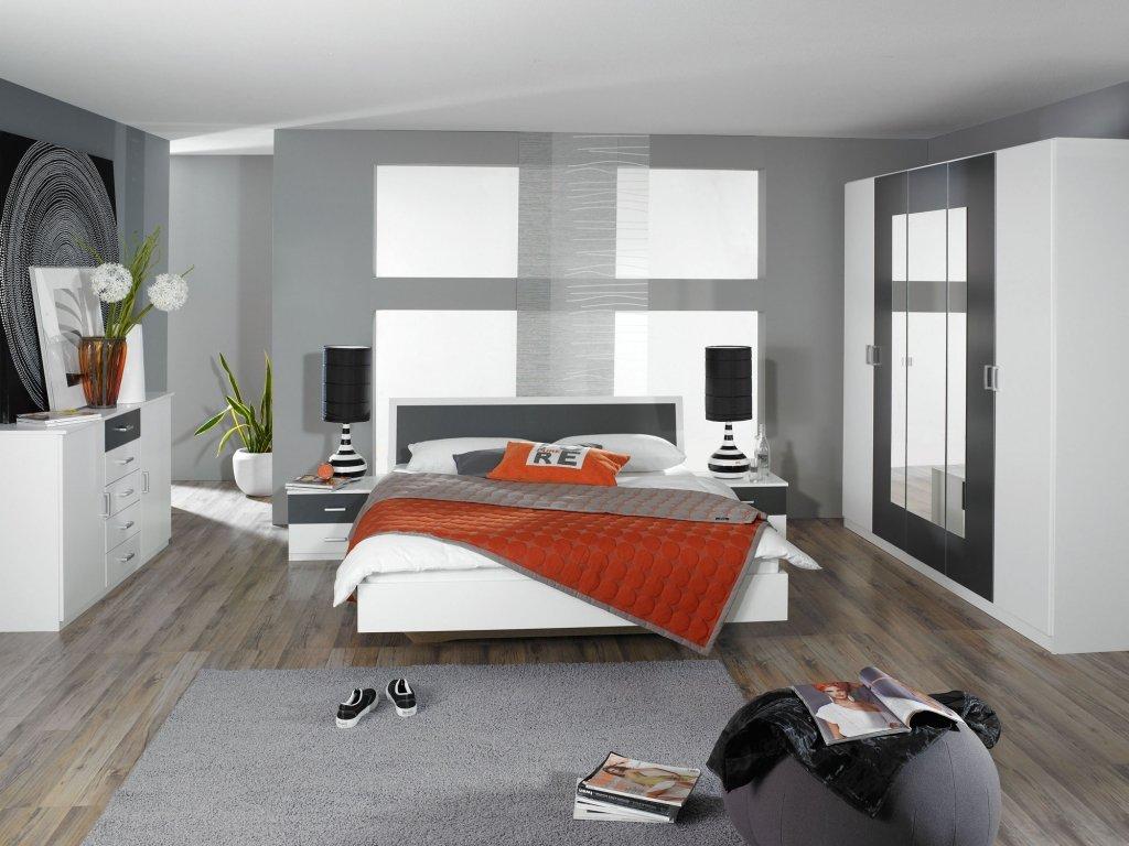 Komplette Schlafzimmer Trevi Weiß mit 180×200 bett 2 nachttische 1 Kleiderschrank 2 mal 7 Zonen Lattenrost 130 kg belastbarund 2 Matratze ohne sideboard