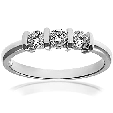 Naava 18ct White Gold Trilogy Ring, J/I1 Certified Diamonds, Round Brilliant, 0.33ct