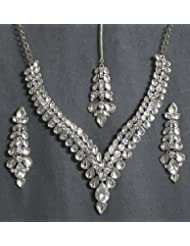 White Kundan Necklace Set With Mang Tika - Stone And Metal