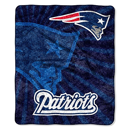 NFL New England Patriots Throw Blanket Strobe Design