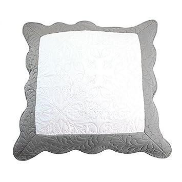 nuances du monde 3001003 3001003 couvre lit polyester violine prune 60 x 60 60 x 60. Black Bedroom Furniture Sets. Home Design Ideas