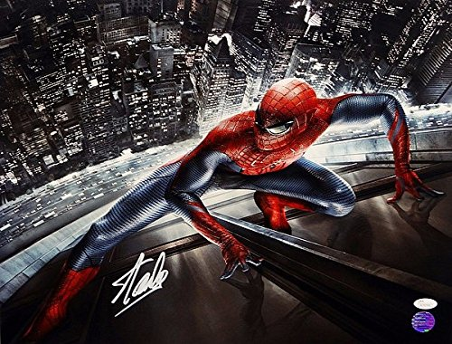 Stan Lee Signed 16 x 20 Spider Man Clinging to Building Photograph - JSA Authenticated - Autographed Celebrity Memorabilia