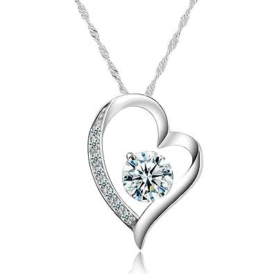 split-heart-necklace-for-couples