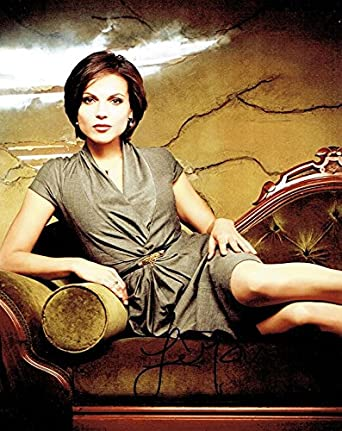 LANA PARRILLA - Once Upon a Time AUTOGRAPH Signed 8x10 Photo at Amazon