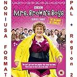 Mrs Brown's Boys - Complete Series 3 [NON-U.S.A. FORMAT: PAL + REGION 2 + U.K. IMPORT] (Season 3) (Original British Version)