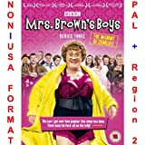 Mrs Browns Boys - Complete Series 3 [NON-U.S.A. FORMAT: PAL + REGION 2 + U.K. IMPORT] (Season 3) (Original British Version)