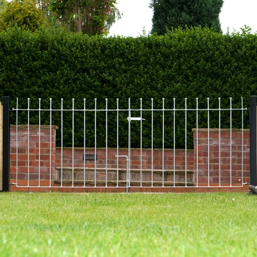 Wetherby Double Gate 244cm (8') Opening Width. Standard