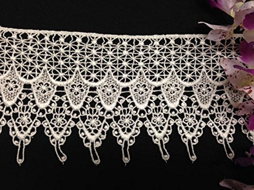 Find Bargain 4 Inch Victorian Venice Lace Trim with Flat Top and Details, 2 Yard Lot, White