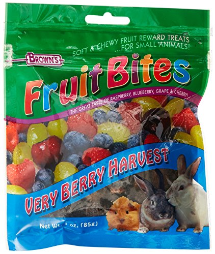 F.M. Brown's Fruit Bites Verry Berry Harvest Small Animal Treat, 3-Ounce 61X6PfT5Z L