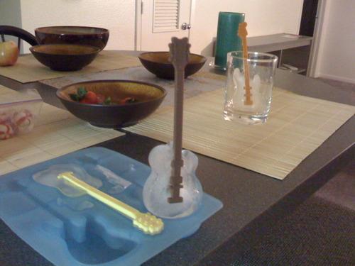 ادوات مطبخ غريبة Funky Kitchen Gadgets 61X9RCAY4HL.jpg
