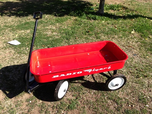 radio flyer classic red wagon toys games. Black Bedroom Furniture Sets. Home Design Ideas