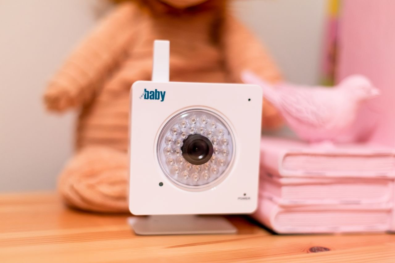 best baby monitors top rated safe smart nursery products safe sound family. Black Bedroom Furniture Sets. Home Design Ideas