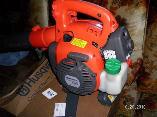 Check Out This Husqvarna 125b 28cc 2 Stroke 170 Mph Gas