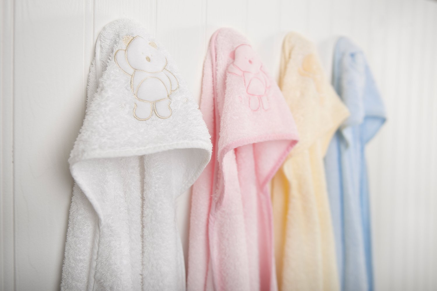 White apron old school rs - Buy Clevamama Splash And Wrap Baby Bath Towel White Online At Low Prices In India Amazon In