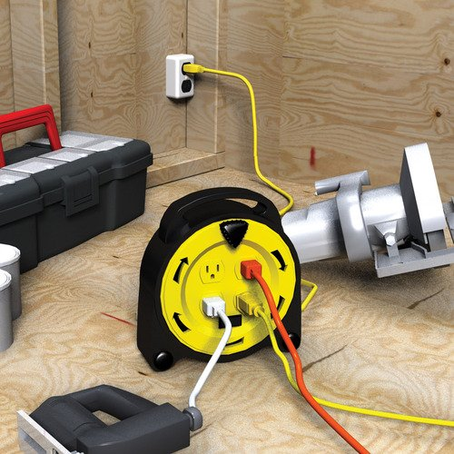 Royal Electric Professional 20Ft Retractable Extension Cord Reel With 4-Outlets And 13-Amp Circuit Breaker 1625 Watts