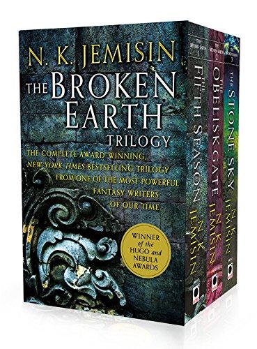 The Broken Earth Trilogy The Fifth Season, The Obelisk Gate, The Stone Sky [Jemisin, N. K.] (Tapa Blanda)