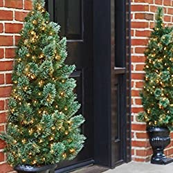 "48"" CHELMSFORD PRE-LIT HALF CHRISTMAS TREE WITH FLUTED BASE INDOOR OUTDOOR HOLIDAY DECORATION"