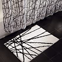 Black/White InterDesign Abstract 34-Inch by 21-Inch Rug,