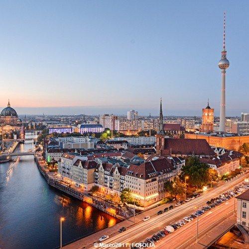 schein-bon-dachat-de-voyage-3-jours-de-luxe-dans-lhotel-palace-dans-le-centre-de-berlin-erleben