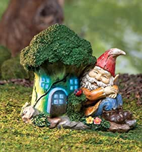 Lighted gnome house garden decoration home for Gnome 3 decoration fenetre