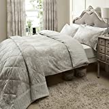 Catherine Lansfield Versaille Super King Quilt set