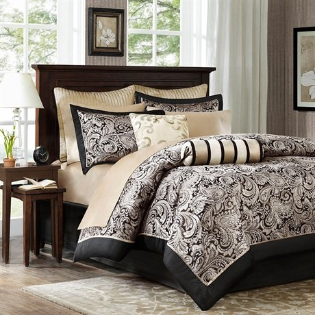 Aubrey 12 Piece Comforter Set Size: Full / Queen, Color: Black/Silver