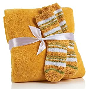 Concierge Collection So Soft & Cozy Throw and Socks Set - Black
