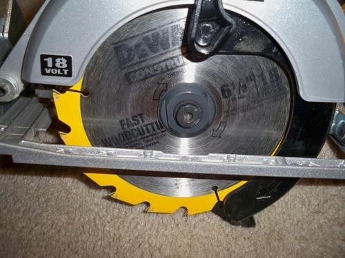 Why Choose The Dewalt Bare Tool Dc390b 6 1 2 Inch 18 Volt