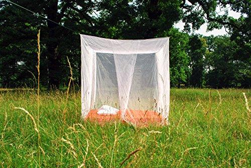 Bett baldachin als m ckenschutz moskitonetz f r das bett - Baldachin fur babybett ...
