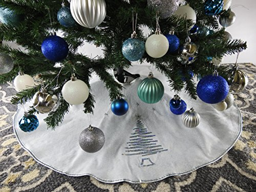 395-White-Christmas-Tree-Skirt-with-Silver-Sequin-Trim