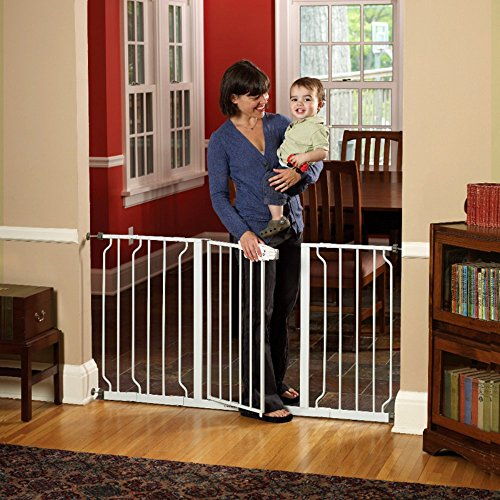 Regalo-Extra-Wide-WideSpan-Walk-Through-Safety-Gate