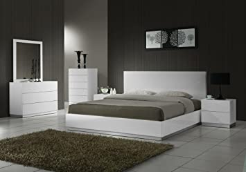 J&M Furniture Naples Modern White Lacquered Bedroom set- King Size