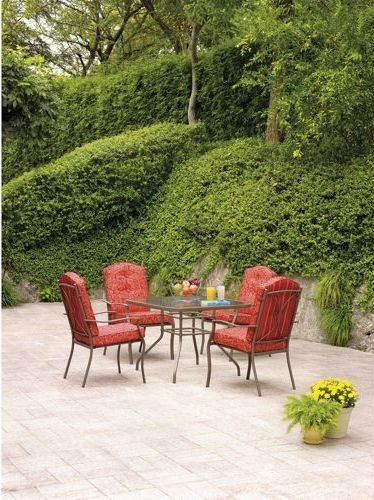 Heights 5-piece Patio Dining Set, Red, Seats 4