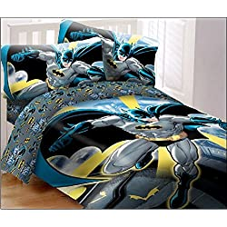 DC Comics Batman in the City Super Soft Luxury Full Size 4 Piece Comforter Set