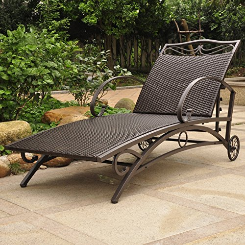 Valencia Steel Frame Wicker Chaise Lounge