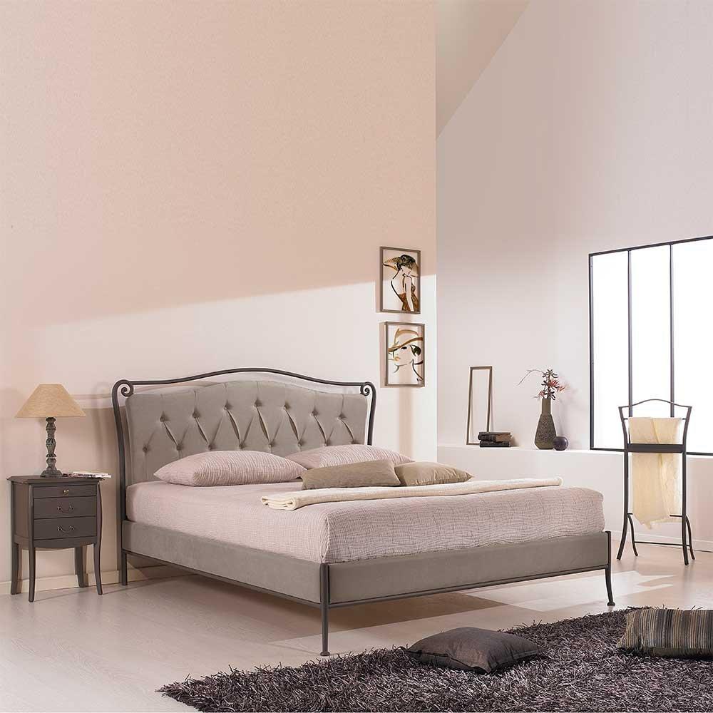 Bett mit Polsterkopfteil Metall Breite 157 cm Liegefläche 140x200 Pharao24
