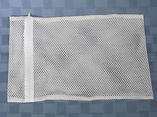 "Medline Washable Mesh Laundry Bags With Zipper - 24"" X 36"", 12 Count, White front-599858"