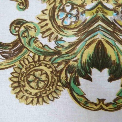 sellerie-tissu-blanc-imprime-floral-en-voile-de-coton-43-robe-drapee-artisanat-tissu-par-le-chantier