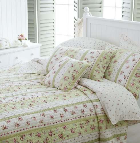 Wild Rose Green  &  White Floral Quilted Bedspread King  &  2 Cushion Covers
