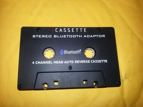 Adapsonic reg Stereo Bluetooth Cassette Adapter