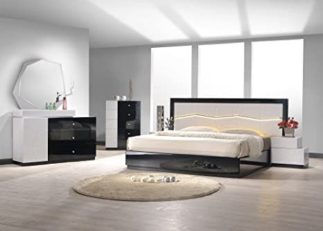 J&M Furniture 17854-Q Turin Queen Bedroom set - Light grey & Black Lacquer