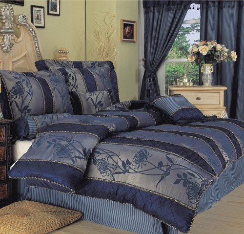 blue and gold bedroom blue and gold bedroom bedroom themes for women tiny bedroom design. Black Bedroom Furniture Sets. Home Design Ideas