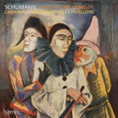 Plays Schumann Favorites
