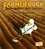 Martin Waddell Farmer Duck in Tagalog and English