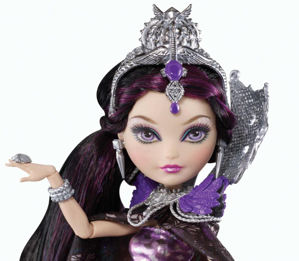 Ever After High Legacy Day Raven Queen Doll: Amazon.co.uk ...
