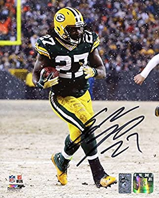 Eddie Lacy Signed Autographed Green Bay Packers Running in Snow 8x10 Photo TRISTAR COA