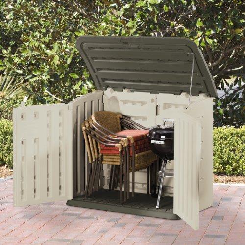 Horizontal outdoor storage shed foundation